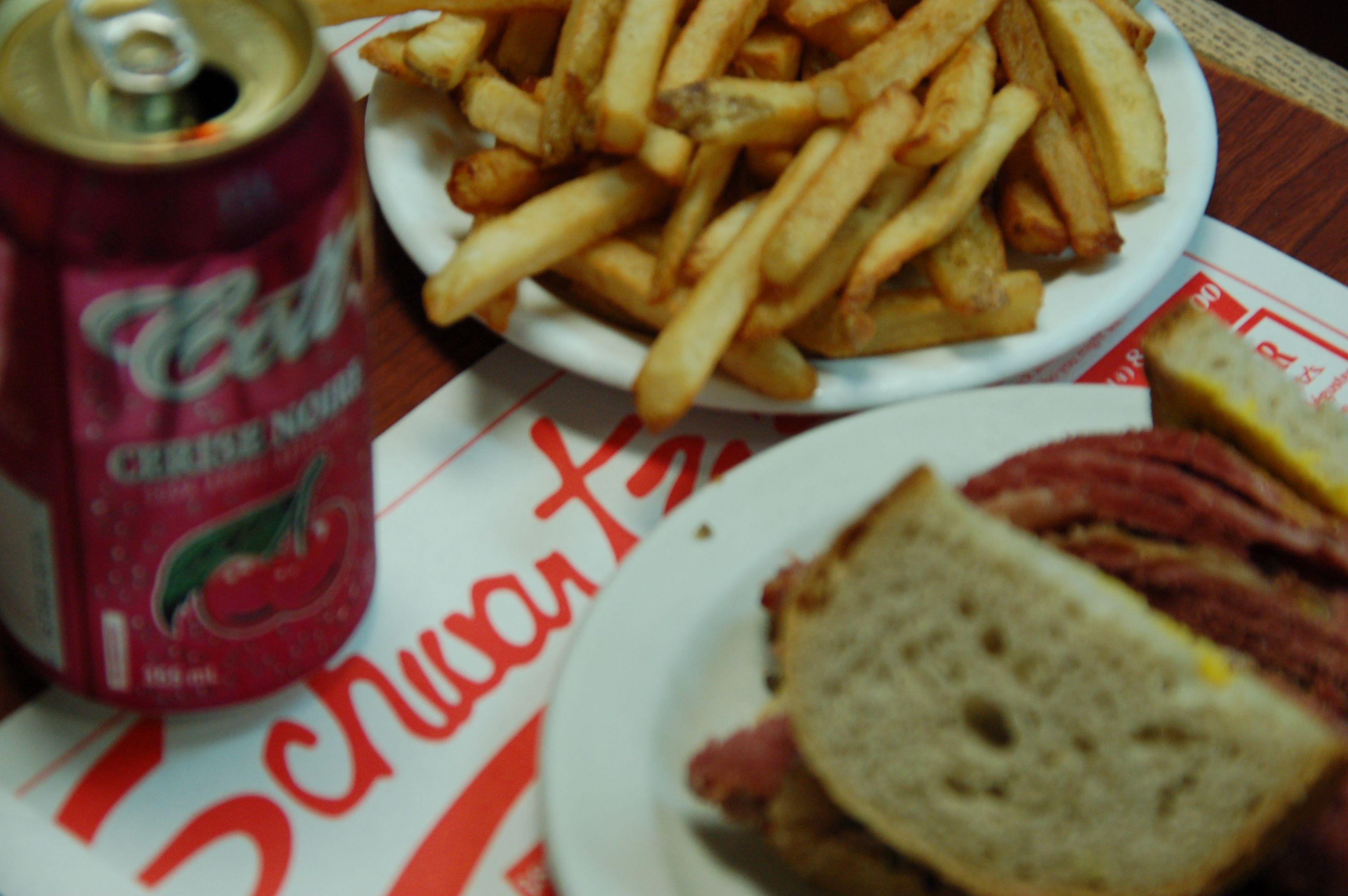 Nur die Kirschcola verhindet eine perfekte Mahlzeit